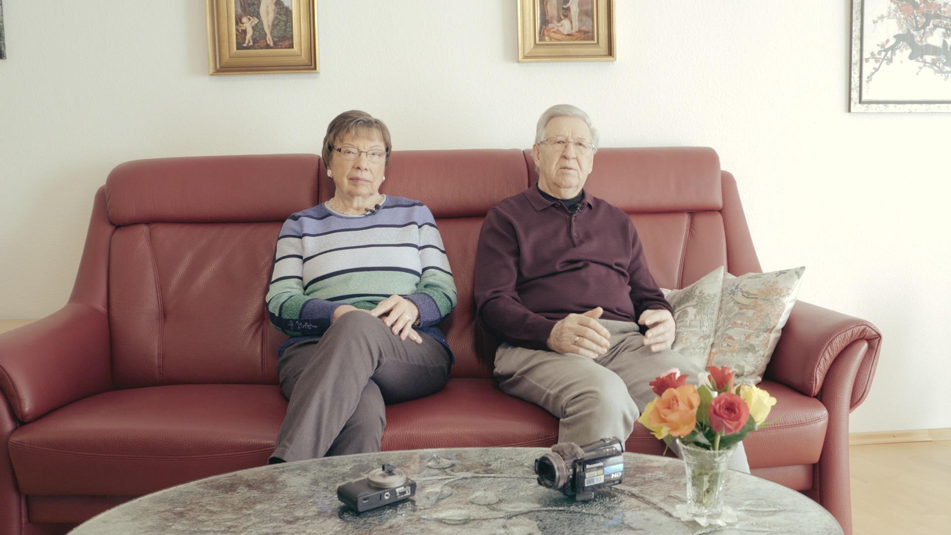 Renate und Uli Friebe sind Mitglied im VideoFilmClub Nürnberg 50 plus. Sie macht Regie, ihr Mann assistiert.